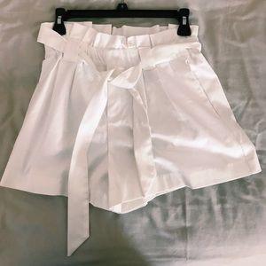 White shorts (brand new)